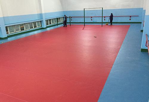 北碚师范大学体育馆铺设室内运动万博manbetx网站胶