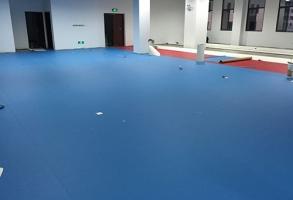 合川武警部队铺设室内运动地板胶